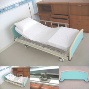 Two Crank Manual Bed (-2130H) pictures & photos