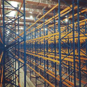 Very Narrow Aisle Pallet Racking Warehouse pictures & photos