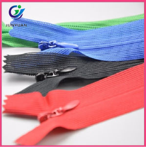 Neon Green Color Invisible Puller Nylon Zipper pictures & photos