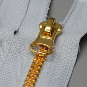 Zippers Invisible Polyester Lace Resin Metal Brass Nylon Zipper pictures & photos