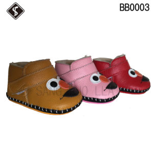 Hot Style Soft Babies Walking Shoes and Boots pictures & photos