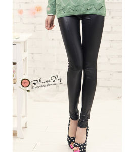 Korean Fashion Thin Sexy Stitching Leather Pants pictures & photos