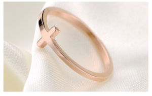 Stainless Steel Jewelry Lady Fashion Ring pictures & photos