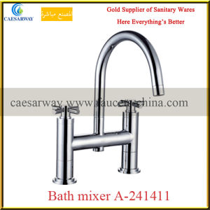 British Double Handle Bathroom Bathtub Faucet pictures & photos