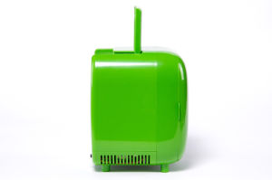 Electronic Mini Fridge 3liter DC12V, AC100-240V with Cooling and Warming for Car, Office or Home Use pictures & photos