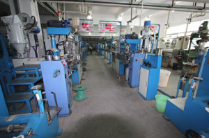 High-Speed Automatic Insulation Wire Extrusion Machine pictures & photos