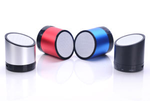 Custom Design Metal Casing Portable Mini Wireless Bluetooth Speaker (BS-06) pictures & photos
