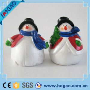 Resin Figurine Cute Snowman for Xmas Decoration pictures & photos
