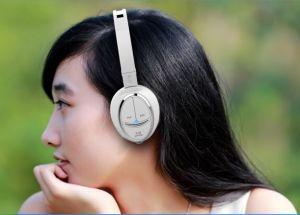 Stereo Wireless Bluetooth Headphone for Music (RBT-601-003) pictures & photos