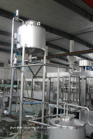 Stainless Steel Juice Filling Machines (automatic) pictures & photos