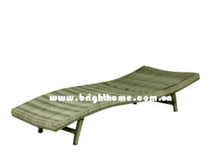 Outdoor Aluminum Frame Rattan Sun Lounger pictures & photos