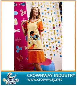 100% Cotton Beautiful Cartoon Printing Nightskirt pictures & photos