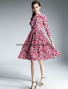 Fashion Printing Flower Ladies Dress Middle Length Women Clothes pictures & photos