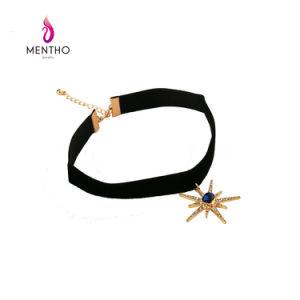 Fashion Korean Velvet Rhinestone-Studded Stars Short Collar Sun Flower Pendant Necklace Jewelry Wholesale pictures & photos