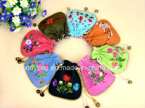 Ribbon Embroidery Pattern Cotton Jewelry Bag Gift Bag pictures & photos