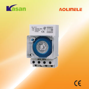 Weekly Programmable Electronic Digital Timer Switch (16A 250VAC) pictures & photos