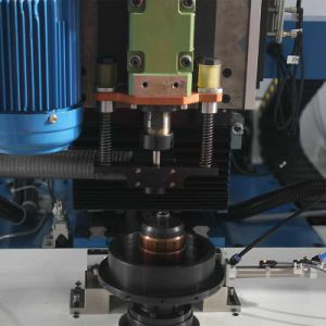 High Efficiency Automatic Drilling Balancing Machine for Pulley pictures & photos