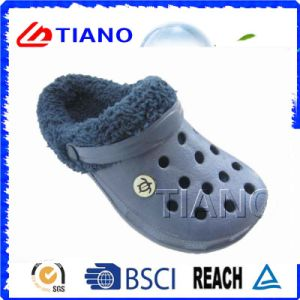 Warm Winter Men Clogs (TNK40092) pictures & photos