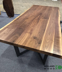 Walnut Console Table Top pictures & photos