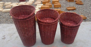 Most Popular Handmade Natural Willow Basket (BC-ST1222) pictures & photos
