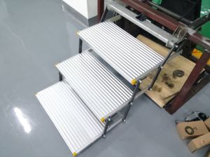 Es-F-T-600 Electric Folding Step for Truck and Camper with Ce pictures & photos