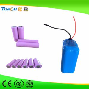 Popular Hot-Selling 3.7V 2500mAh Li-ion 18650 Battery pictures & photos