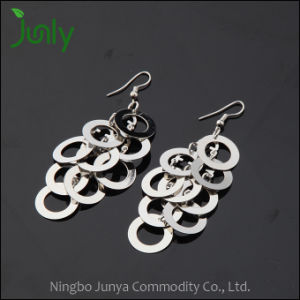 Girls Stylish Earrings Fancy Design Hanging Earrings pictures & photos