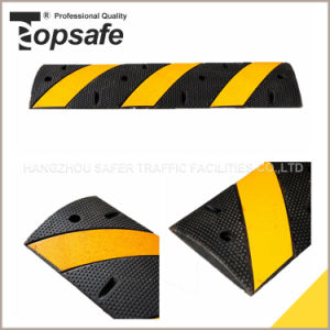 Rubber Speed Hump with Cat Eyes (S-1113) pictures & photos