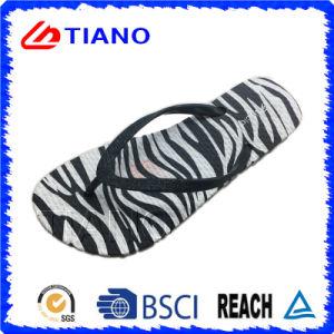 Zebras and Distributor EVA Flip Flop (TNK35708) pictures & photos