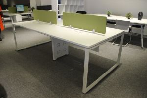 2017 New Modern Office Computer Table for Staff pictures & photos
