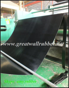 Smooth-Surface Insulating Rubber Sheet, Electrical Insulating Matting, Insulating Floor Mat pictures & photos