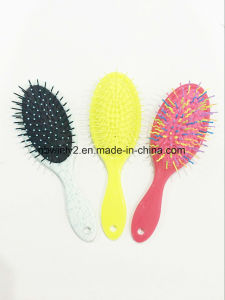 Plastic Colourized Detangle Brush pictures & photos