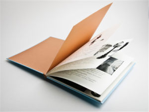 Custom Hardcover Book Printing Customized Novel Printing pictures & photos