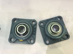 High Quality/Pillow Blocks/Hhb Bearing (UCFC208 208-24) pictures & photos