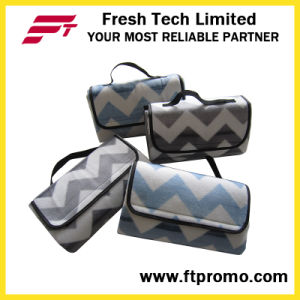 Promotional Check Pattern Polar Fleece Waterproof Picnic Mat pictures & photos