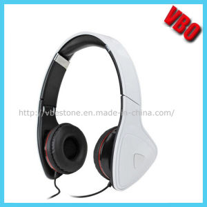 2014 Newest in-Ear Headphone for MP3/Mobile pictures & photos