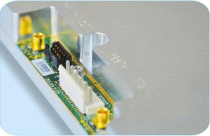 High Efficiency Broadband 600MHz 4W RF Power Amplifier pictures & photos