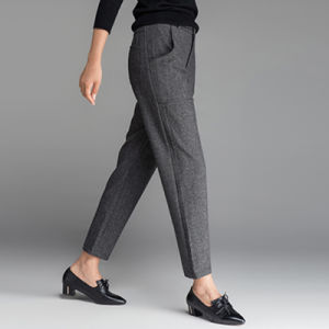 Women′s European Wind Fall and Winter Slim Fit Pants pictures & photos