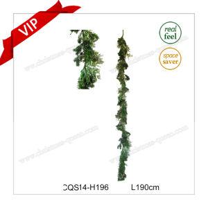 6 1/2′ Plastic Handmade Craft Christmas Artificial Wreath Garland -Unlit pictures & photos