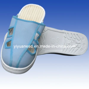 PVC Four-Holes Slipper (YY-B4018)