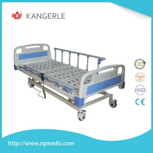 Three Functions Electric Hospital Bed ICU Bed with Ce Certificate pictures & photos