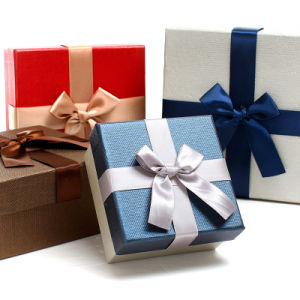 Promotional Custom Bowknot Box for Christmas Day pictures & photos