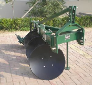Agricultural Disc Plow, One-Way Duty Disc Plough pictures & photos