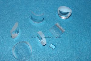 Mgf2 Zns Cylindrical Lens for Laser Collimator pictures & photos