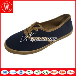 Plain Flat Women / Man Canvas Casual Shoes pictures & photos