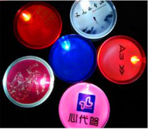 LED Glow Circles Button Badges pictures & photos