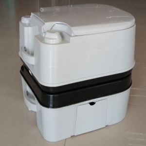 12L Plastic Portable Toilet Outdoor Mobile Toilet pictures & photos
