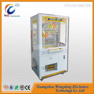Crane Claw Machine Capsule Toy Vending Machine for Sale pictures & photos