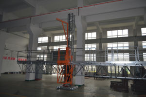 Mast Climbing Work Platform/Table/Crane/Cradle pictures & photos