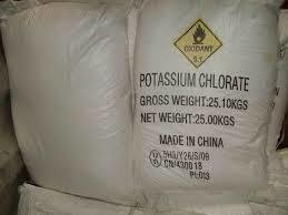 99.5% Potassium Chlorate (KClO3) for Industrial Grade and Fertilizer pictures & photos